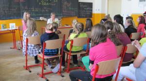 So šikovnou pani učiteľkou Evou Nociarovou a jej žiakmi