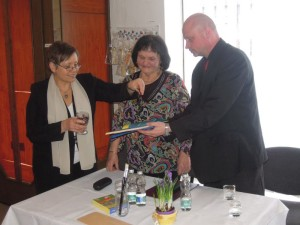 Krstím Uľu-Fuľu farebnými trblietkami