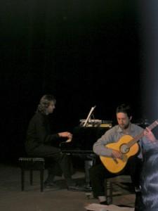 Autor hudby Ondřej Fuciman (klávesy) a Peter Múdry (gitara)