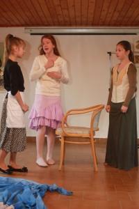 Krásne dopoludnie otvárajú mladí divadelníci zo ZUŠ v Rimavskej Sobote rozprávkou o ročných obdobiach