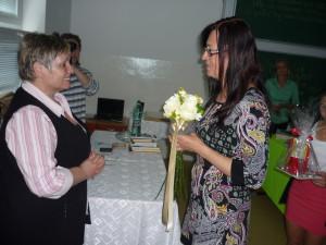 Rozlúčka s pani riaditeľkou Mgr. Júliou Vozárikovou, ktorá udržuje vysoký status svojej školy.