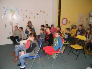 Deti s pani učiteľkou už čakajú :)