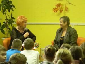Víta ma pani Iveta Majvitorová, dobrá duša detského oddelenia knižnice