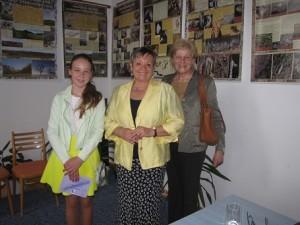 Janka Lachová svoj text niele prečítala, ale zavolala si na prezentáciu aj starú mamu, ktorá bola hlavnou hrdinkou oceneného príbehu :)